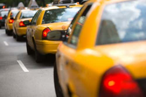 10853_thinkstockphotos-91461117 Chicago Launches Voucher Program to Spur Adoption of Alt-Fuel Taxis