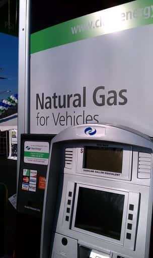 7948_cleanenergypump.6.29 Clean Energy Fuels Expands CNG, LNG Fueling Portfolio With Major Fleets