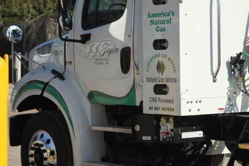 9162_jjtaylor Truck Fleet Moving Steadily to 100 Percent Natural Gas