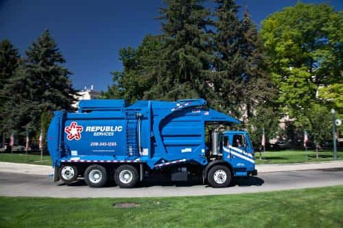 New Fleet of Republic Services' CNG Trucks Arrives in Twin Cities.