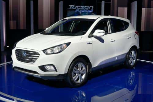 9299_hyundai Hyundai: Hydrogen Fuel Cell Vehicle Coming in 2014...With Free Fuel