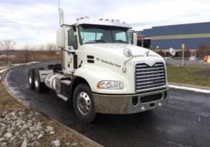 Mack Truck: Mack Truck Lights