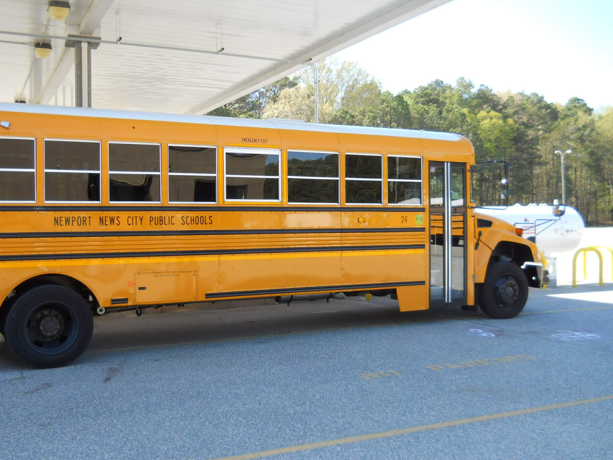 Blue Bird Bus >> Va. School District Buys Two Dozen Propane-Powered Buses - NGT News