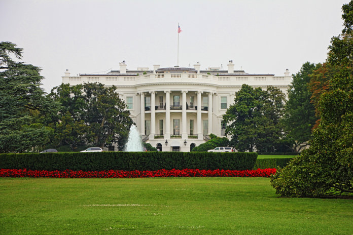 View of the White House from the Elipse