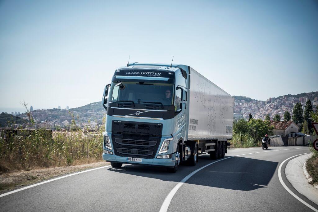 Heavy Duty Truck >> Volvo Introduces New Heavy Duty Lng Trucks Ngt News
