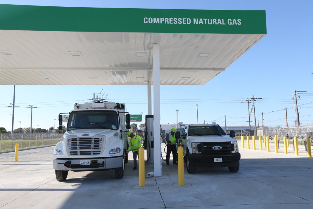 Ameren Illinois Unveils CNG Station And Truck Fleet