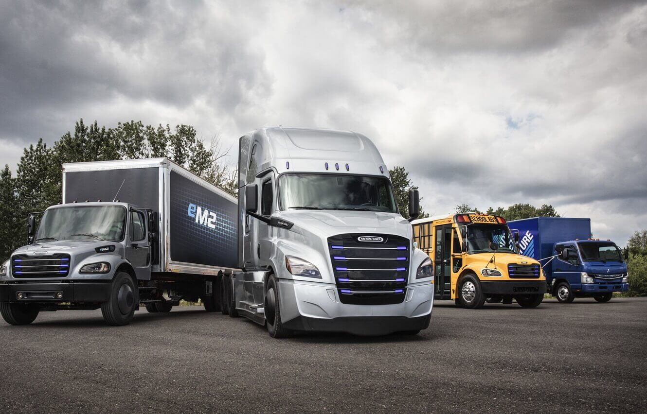 Daimler Trucks Lineup Of Commercial Electric Vehicles From Left To Right Freightliner Em2 Ecascadia Thomas Built Buses Saf T Liner C2